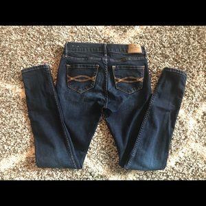 Abercrombie super skinny jeans 11/12